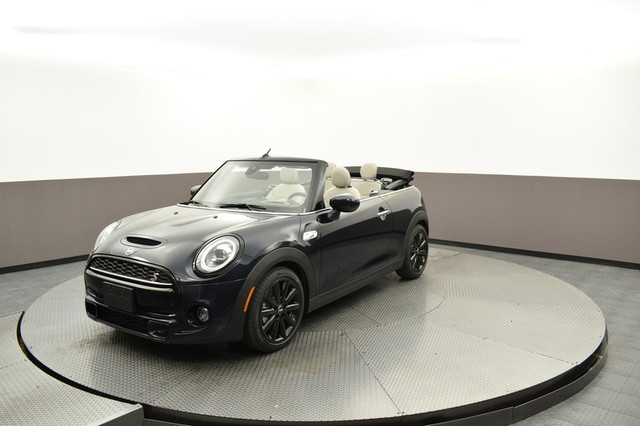 New 2020 MINI Convertible Iconic