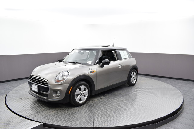 Certified Pre-Owned 2017 MINI Hardtop 2 Door Cooper
