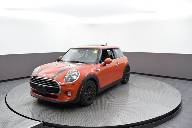 Pre Owned 2019 Mini Hardtop 2 Door Cooper