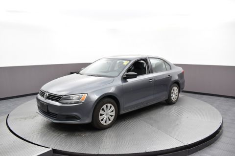 Pre-Owned 2014 Volkswagen Jetta Sedan Base